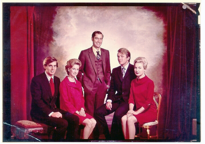 from left, Robert, Elizabeth, Fred Jr., Donald and Maryanne