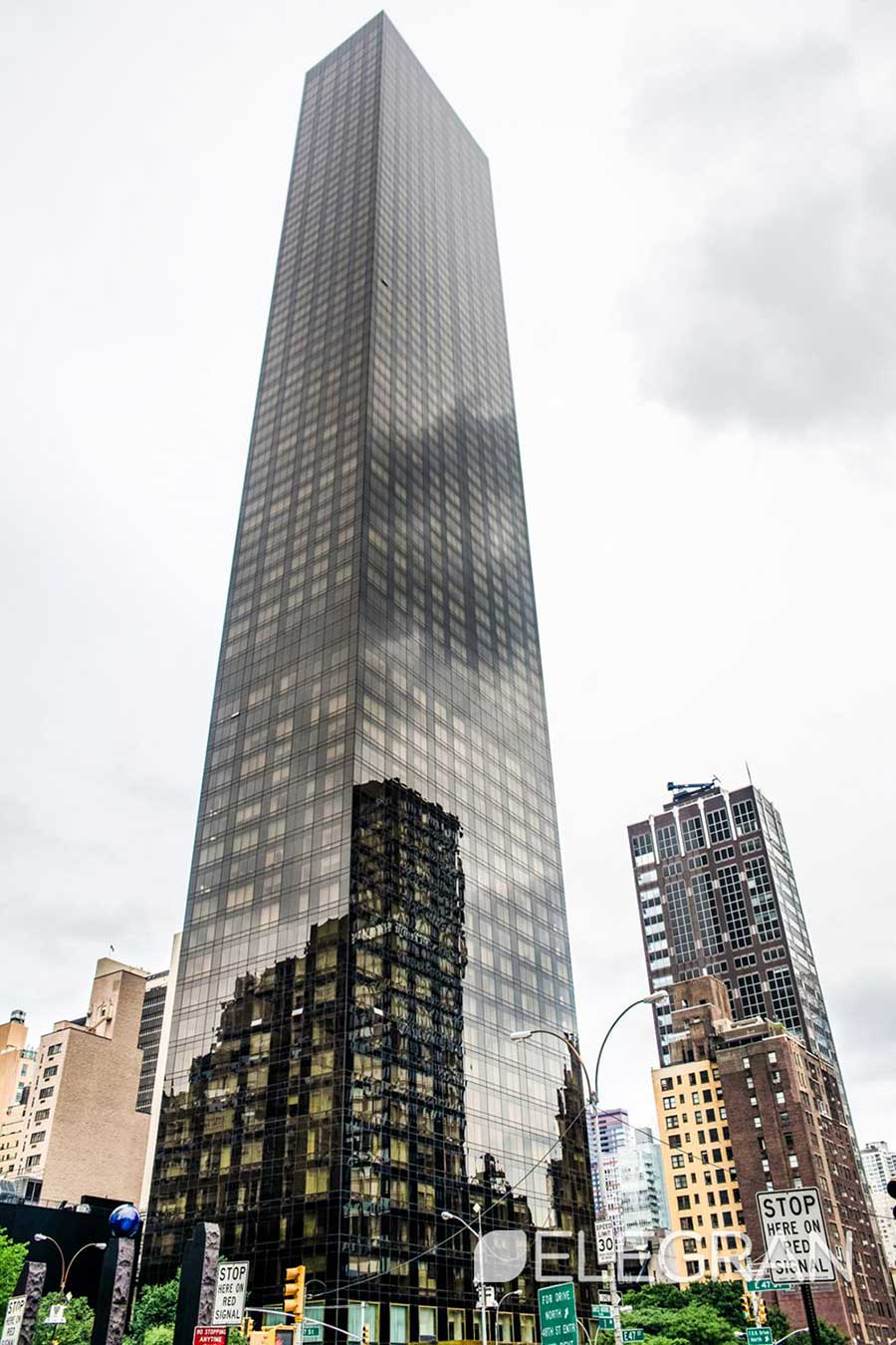 Trump World Tower Located At 845 United Nations Plaza Features